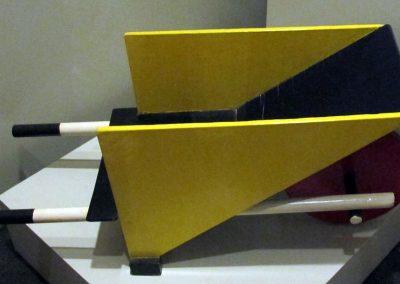 Gerrit_thomas_rietveld,_cariola_giocattolo,_disegnata_nel_1923,_esemplare_del_1958