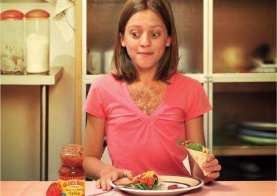 old-el-paso-salsa-girl-small-63530